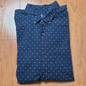 American Eagle classic fit button down navy shirt